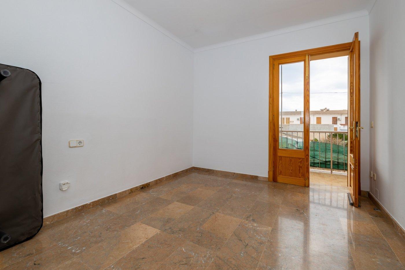 Planta baja y sala adicional de 95 m² con patio de 160 m² - imagenInmueble19