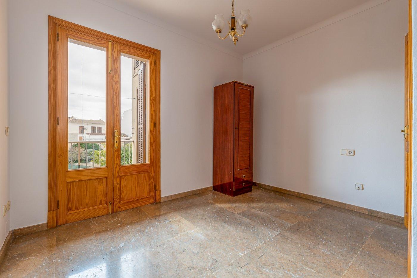 Planta baja y sala adicional de 95 m² con patio de 160 m² - imagenInmueble3