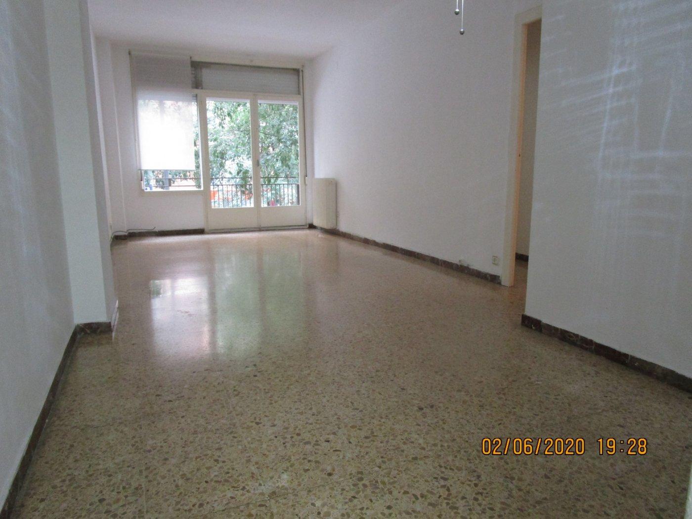 Flat for rent in Sants, Barcelona