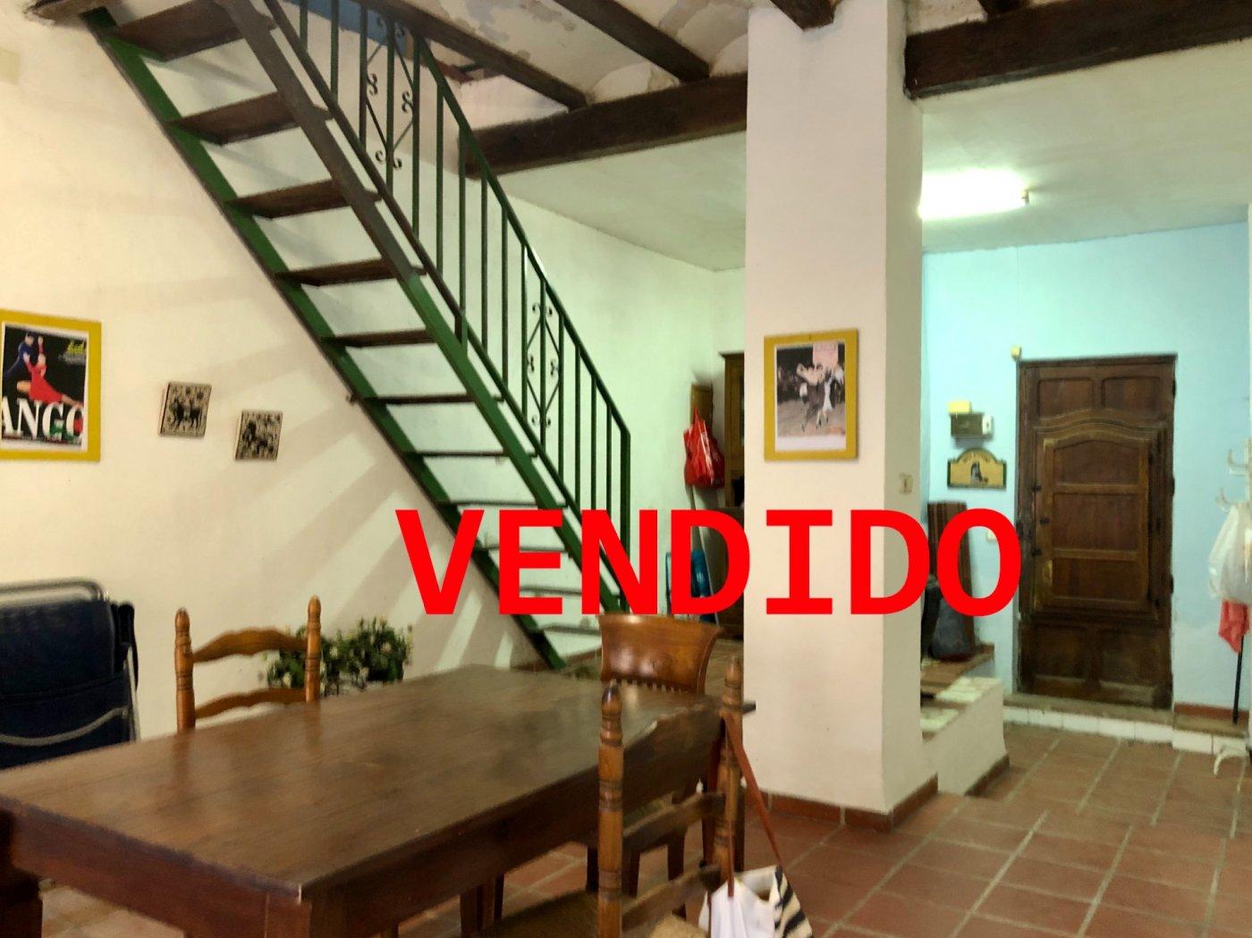 casa-de-pueblo en valencia · benimamet 85000€