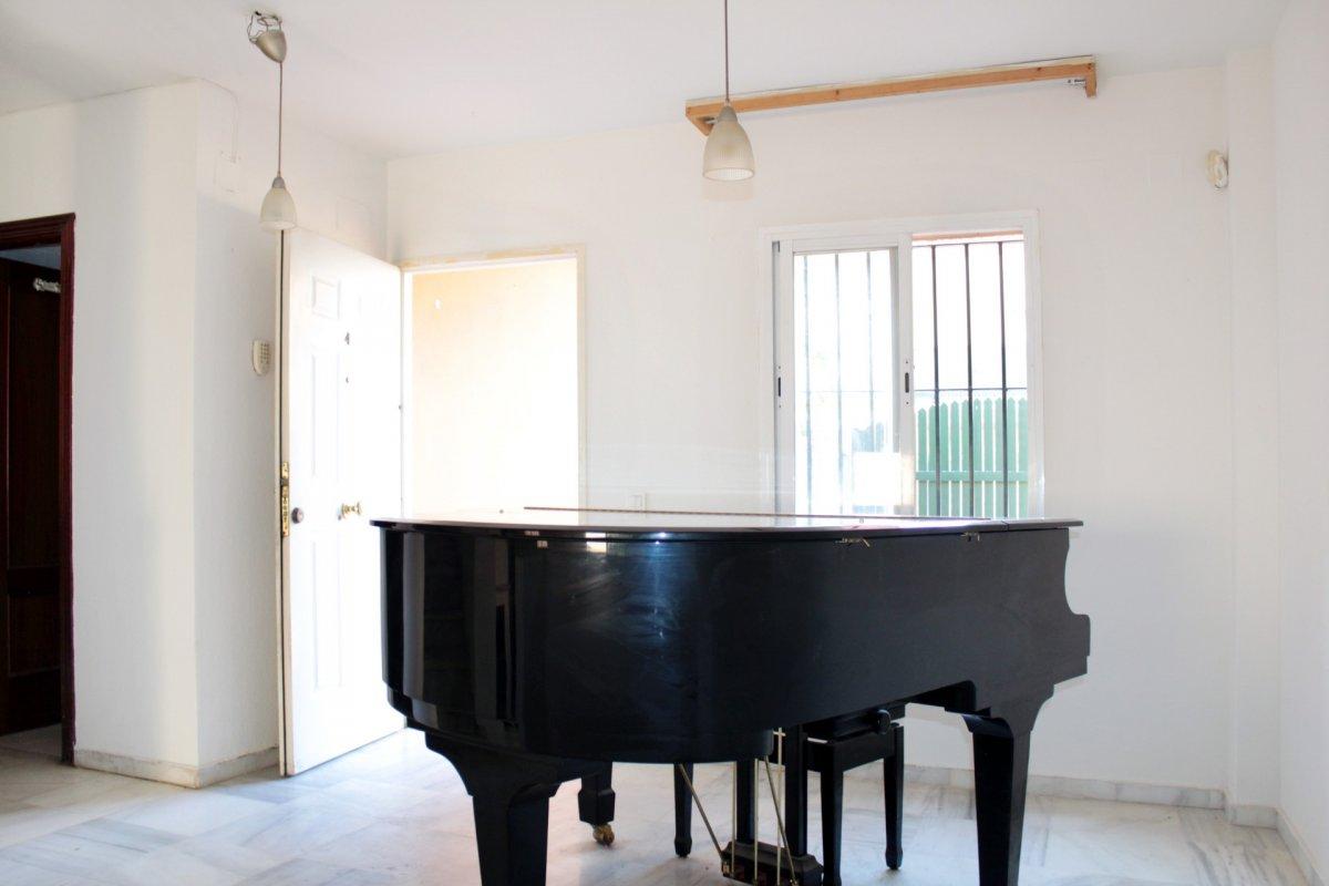 Casa en venta en Gines