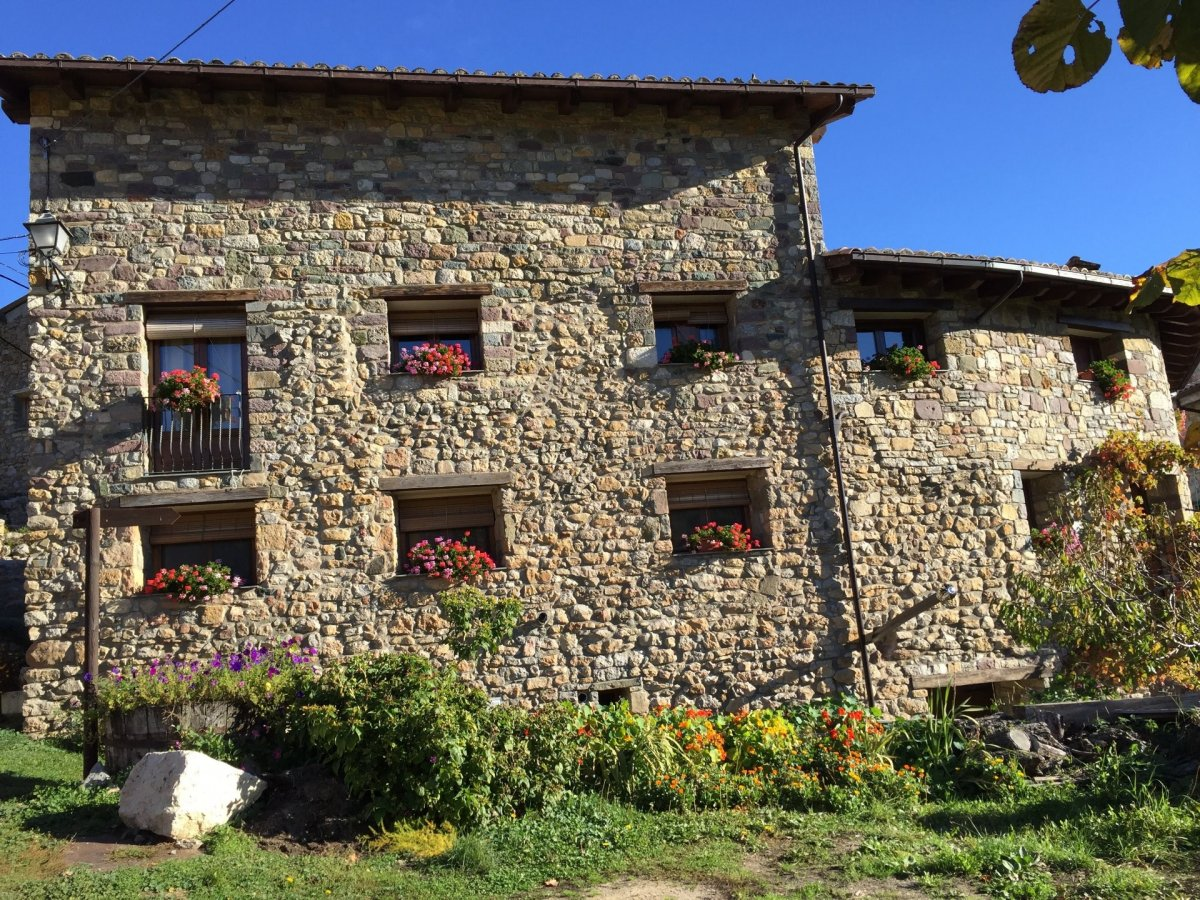 Village House for sale in Pallerol, Sopeira