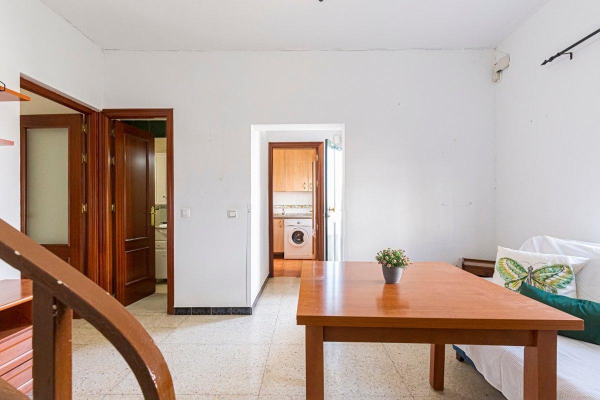 casa en alcala-de-guadaira · pablo-vi 85000€