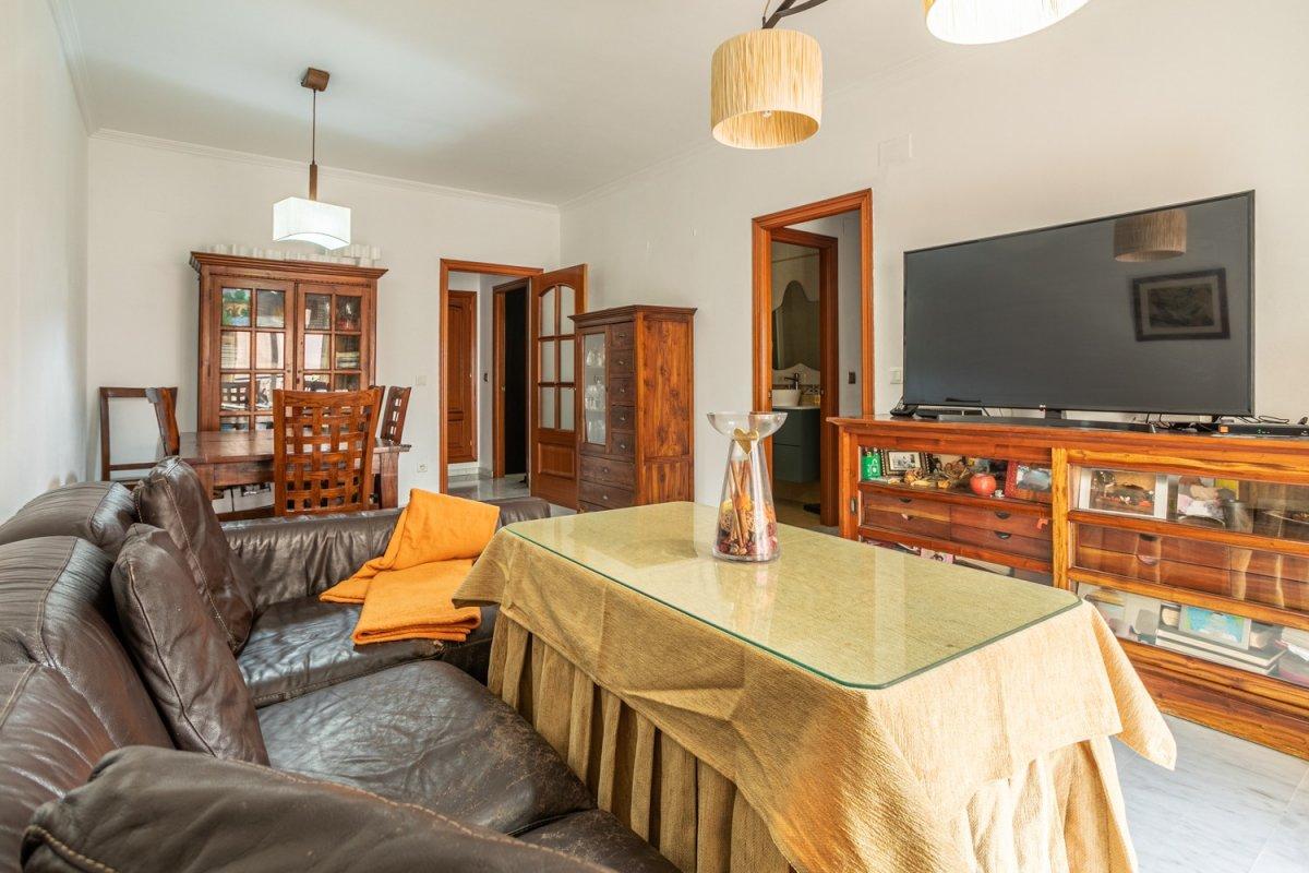 piso en alcala-de-guadaira · santa-lucia 120000€