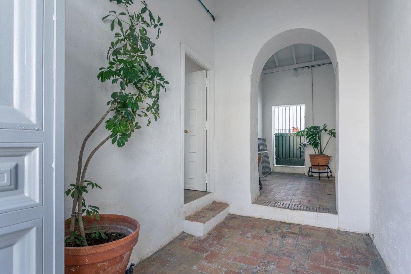 casa en alcala-de-guadaira · ambulatorio-viejo 140000€
