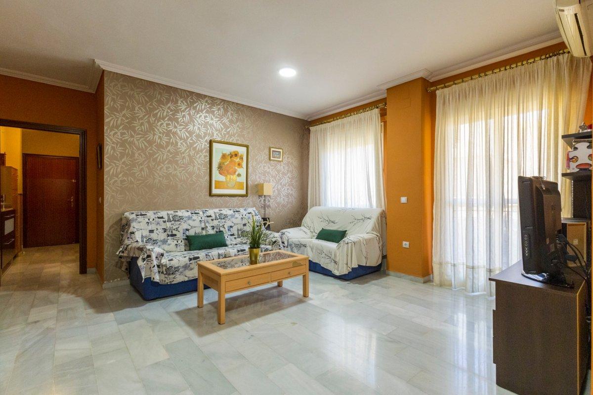piso en alcala-de-guadaira · centro 96800€