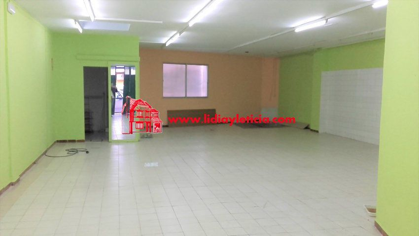 local-comercial en alcala-de-guadaira · ambulatorio-viejo 400€