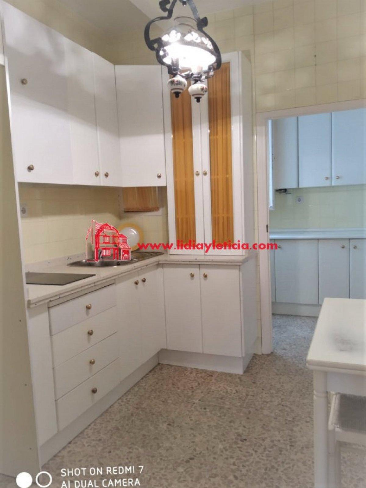 piso en alcala-de-guadaira · centro 85000€