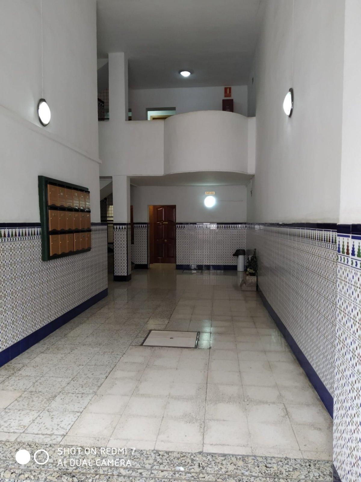 piso en alcala-de-guadaira · centro 45000€