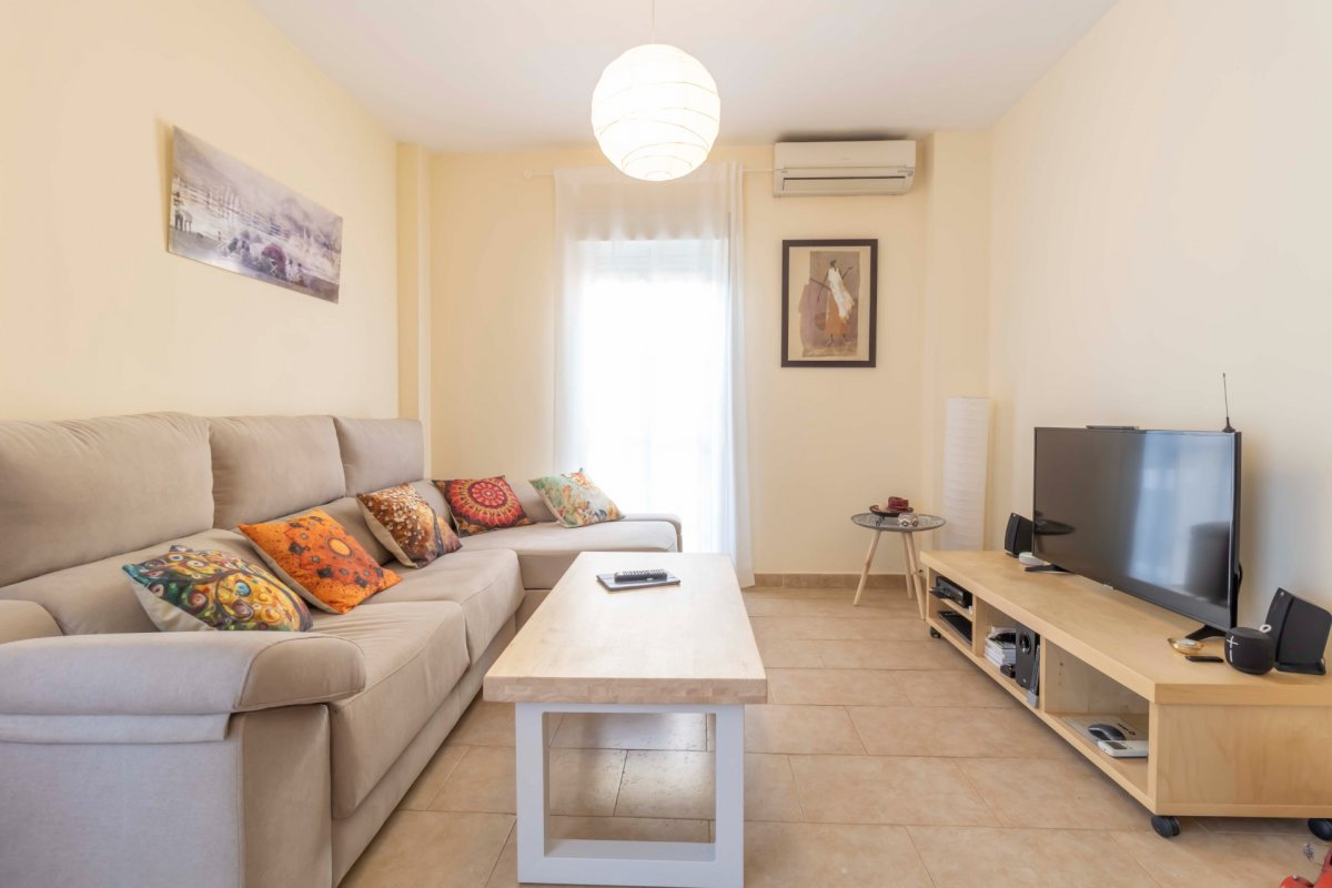 Casa adosada en urbanizaciÓn privada a la venta en valencina de la concepciÓn - imagenInmueble9
