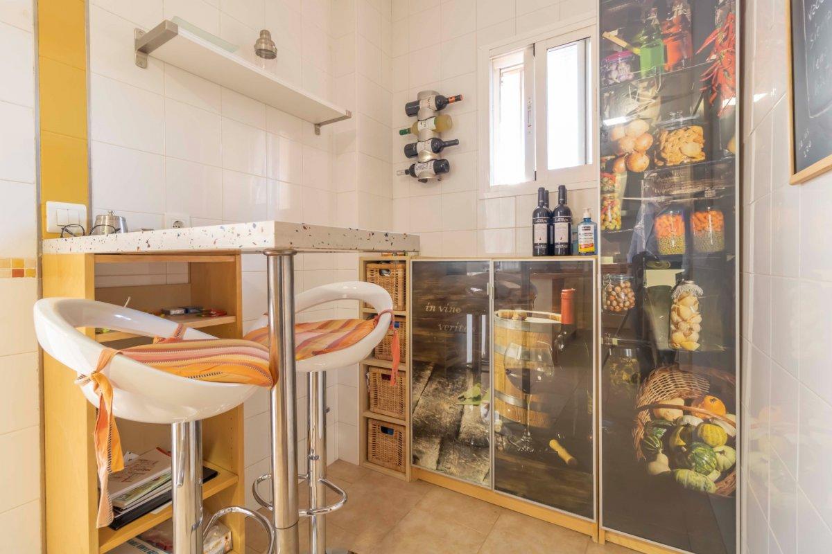 Casa adosada en urbanizaciÓn privada a la venta en valencina de la concepciÓn - imagenInmueble14