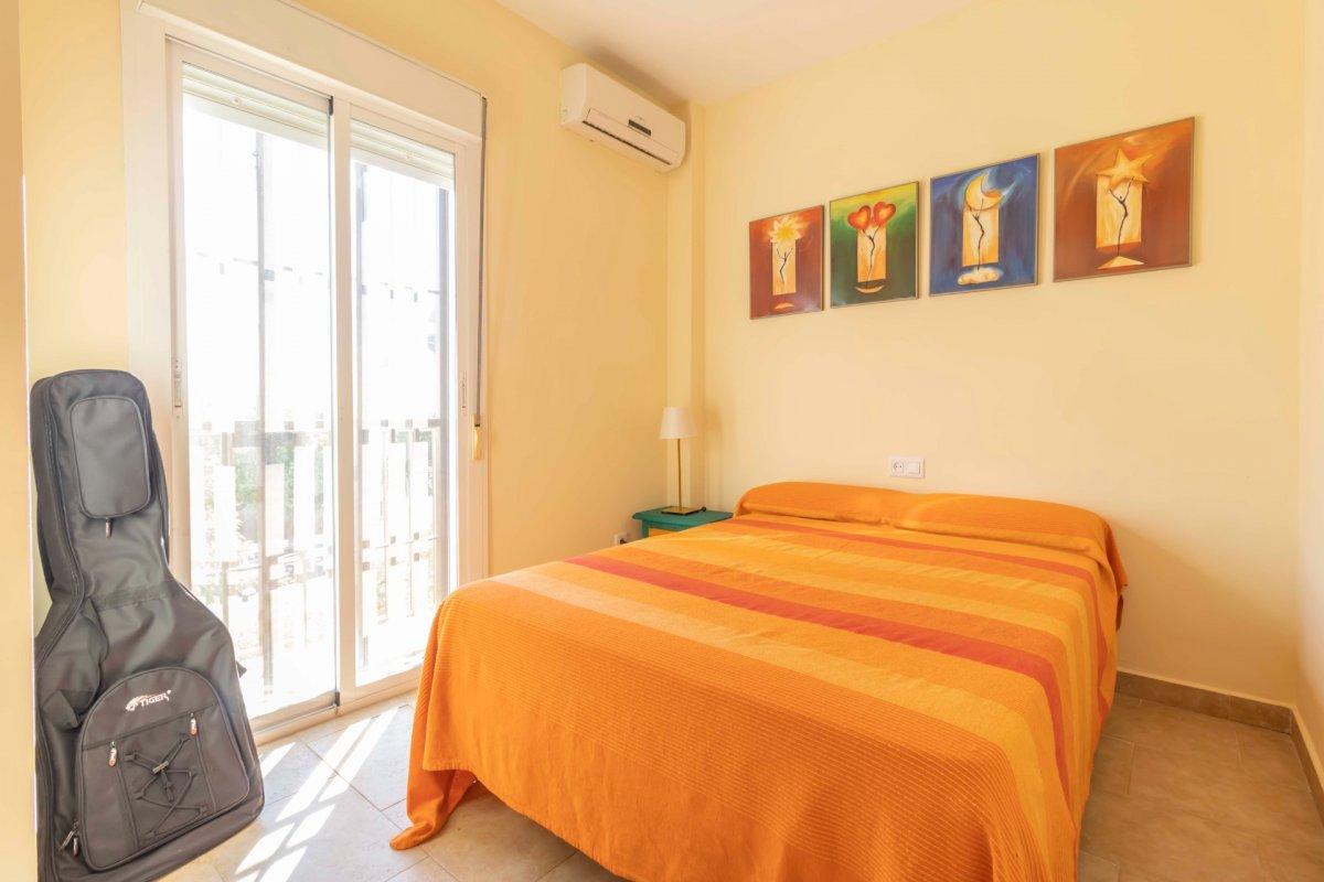 Casa adosada en urbanizaciÓn privada a la venta en valencina de la concepciÓn - imagenInmueble35