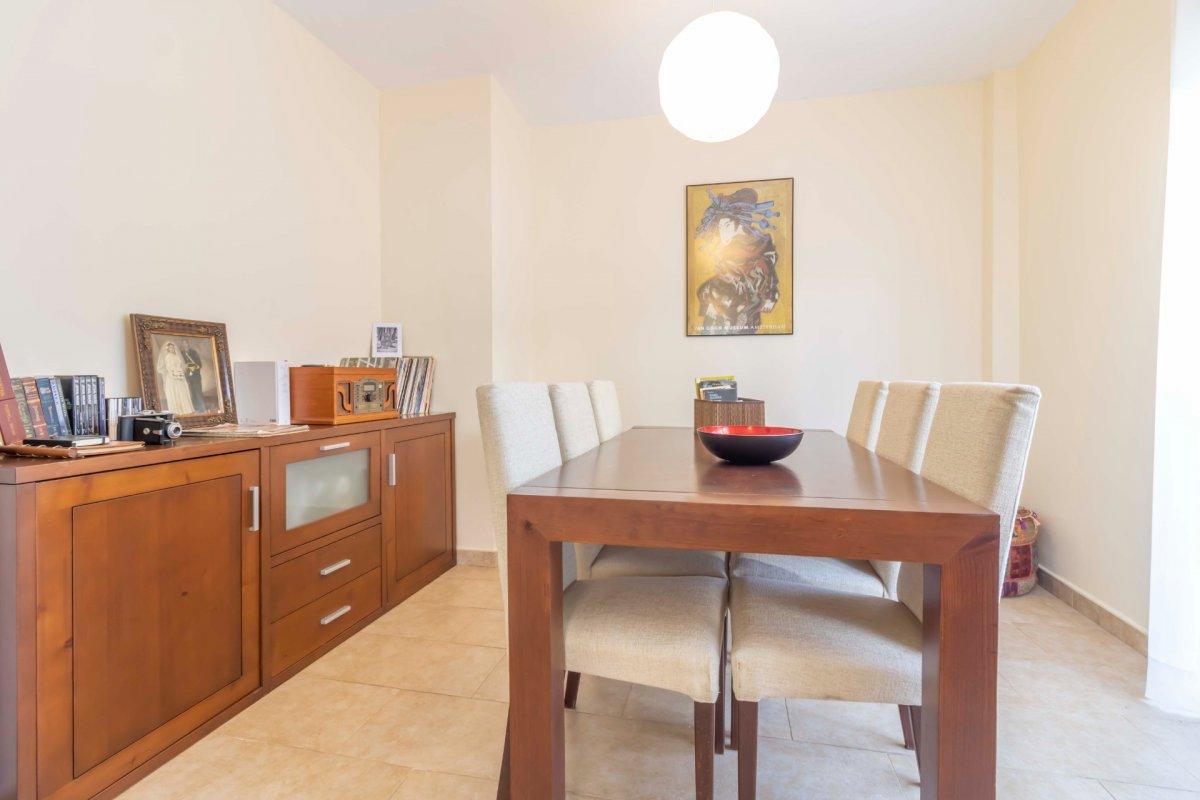 Casa adosada en urbanizaciÓn privada a la venta en valencina de la concepciÓn - imagenInmueble6
