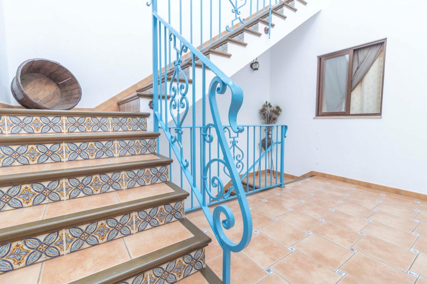 Casa de reciente construccion a la venta en carmona - imagenInmueble0