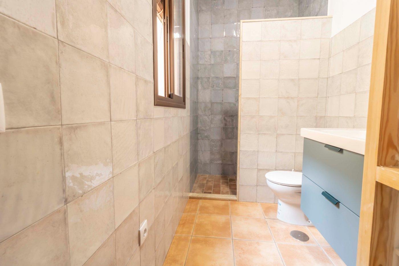 Casa de reciente construccion a la venta en carmona - imagenInmueble14