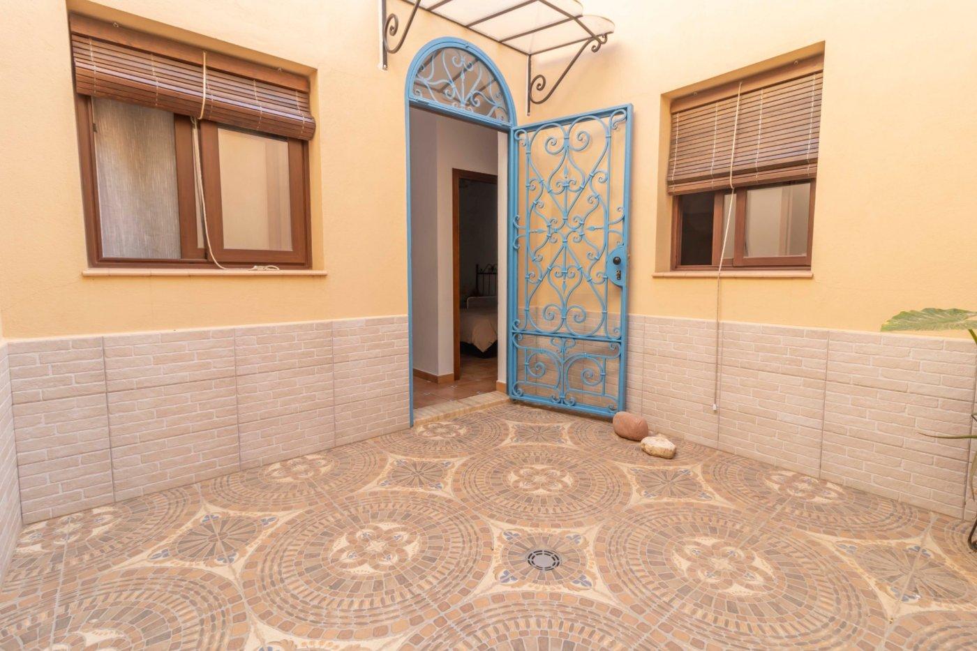 Casa de reciente construccion a la venta en carmona - imagenInmueble29