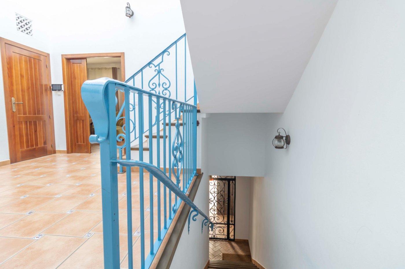 Casa de reciente construccion a la venta en carmona - imagenInmueble31