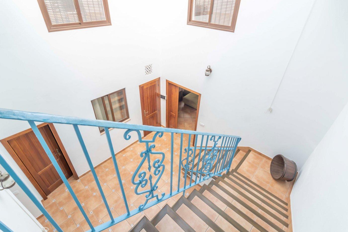 Casa de reciente construccion a la venta en carmona - imagenInmueble34