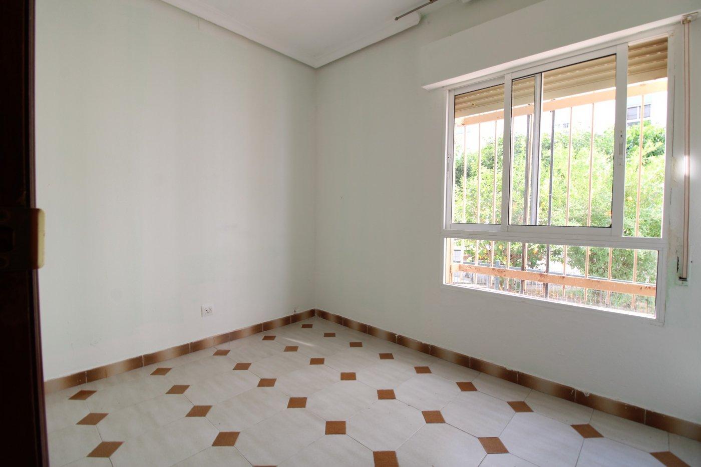 Piso a la venta en sevilla zona carretera carmona - imagenInmueble19