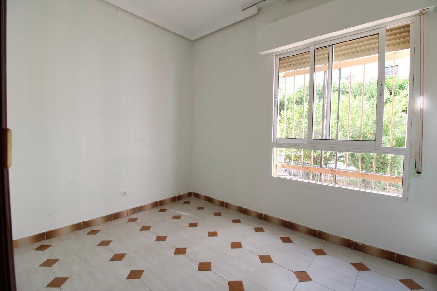 Piso a la venta en sevilla zona carretera carmona - imagenInmueble25
