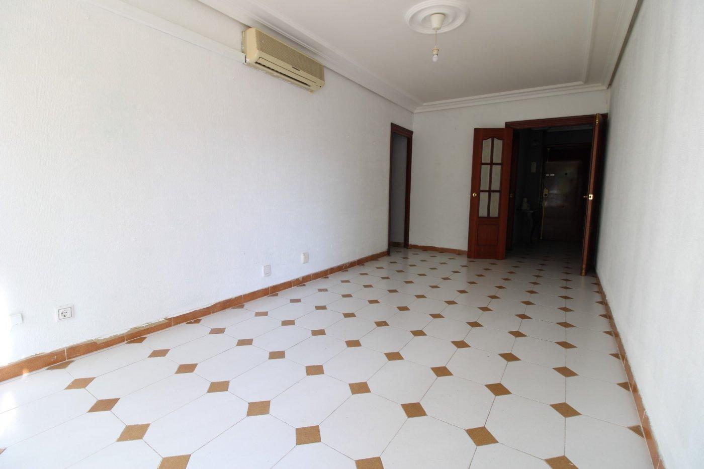 Piso a la venta en sevilla zona carretera carmona - imagenInmueble3