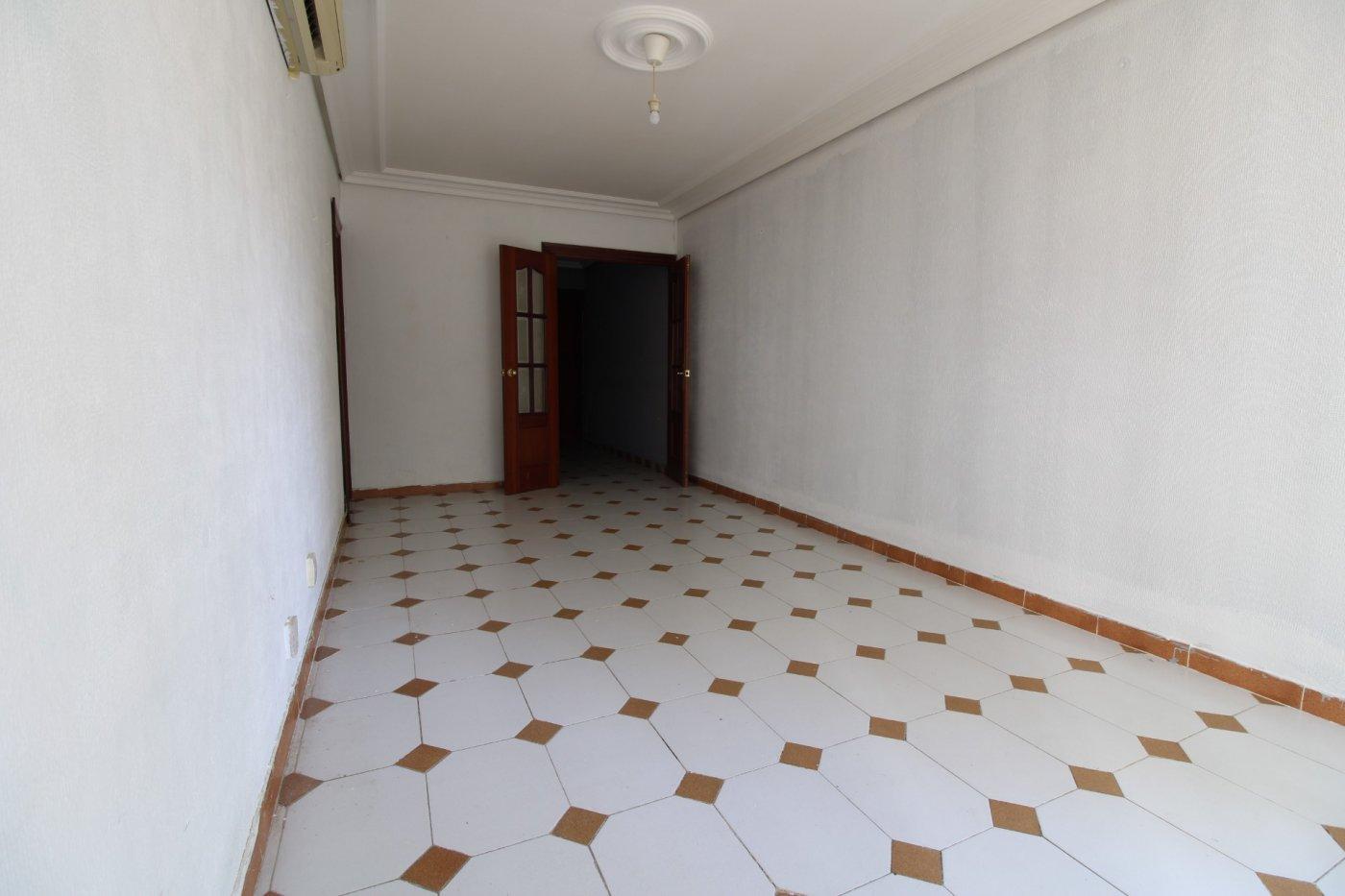 Piso a la venta en sevilla zona carretera carmona - imagenInmueble5