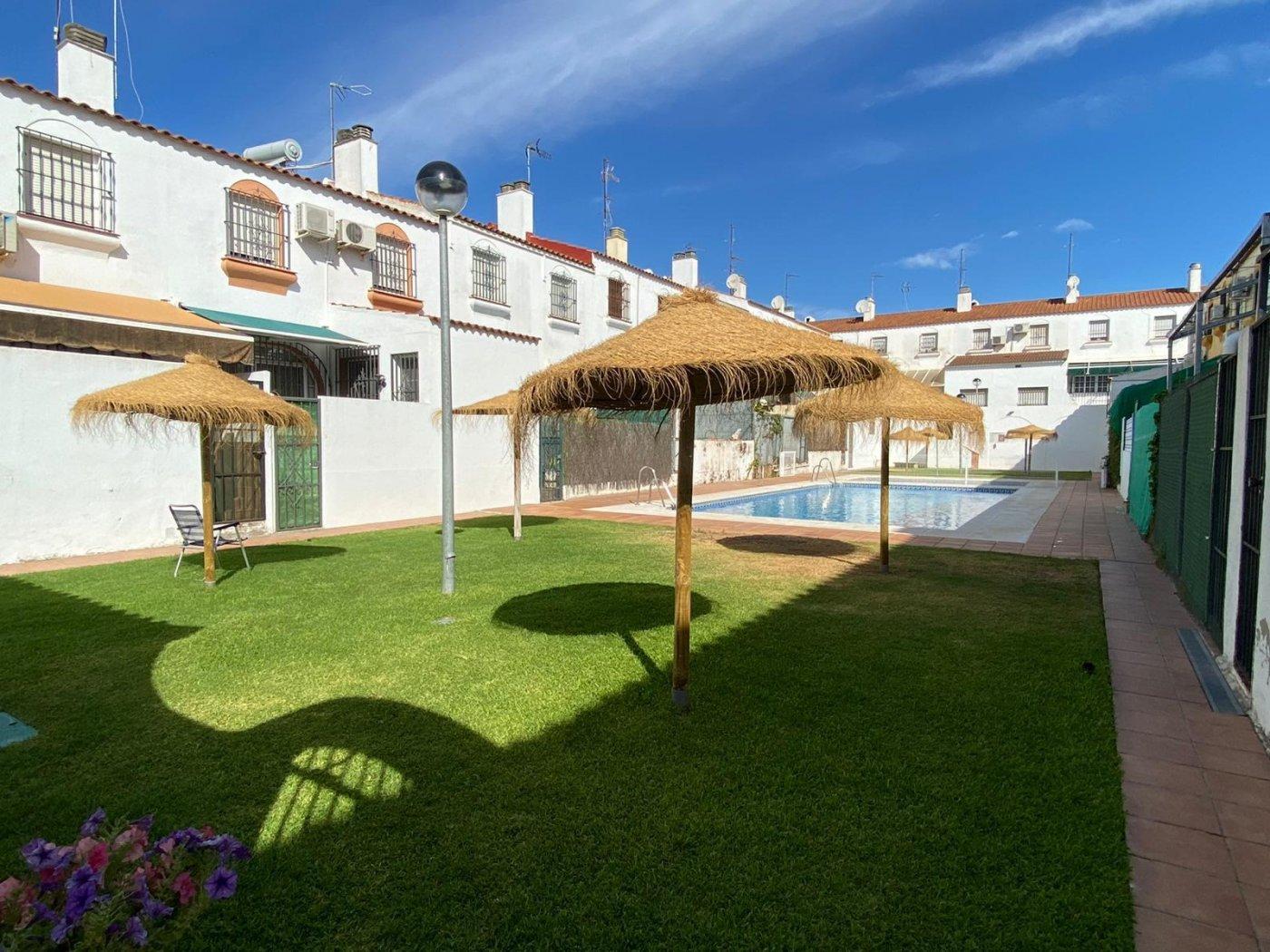 townhouse en mairena-del-aljarafe · cavaleri 224000€