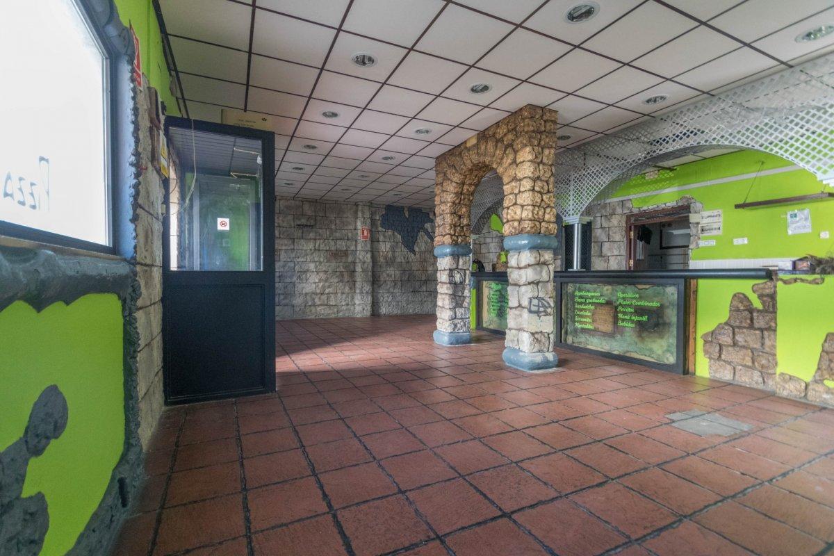 Casa de 3 plantas a la venta en el cerro del aguila - imagenInmueble4