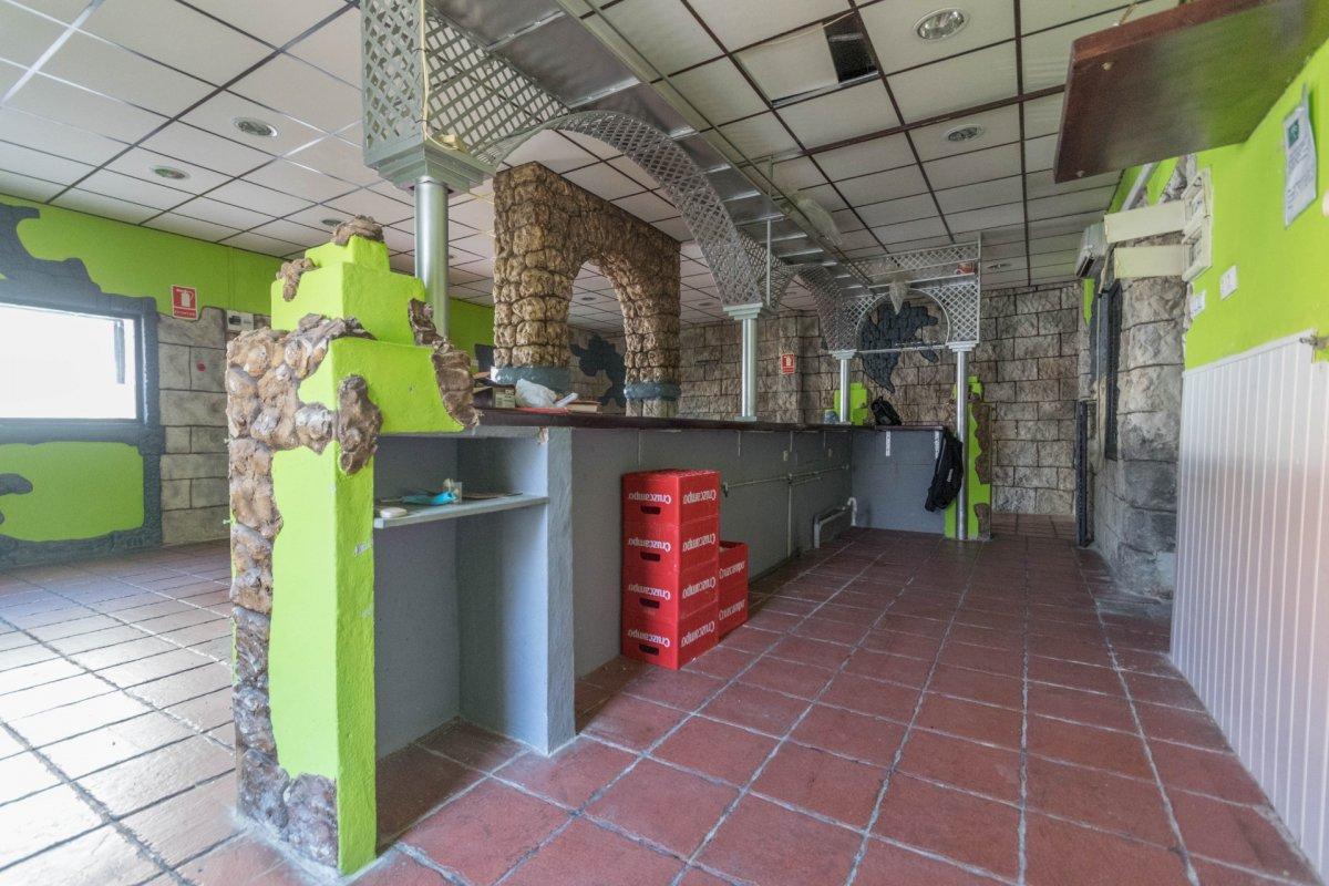 Casa de 3 plantas a la venta en el cerro del aguila - imagenInmueble5