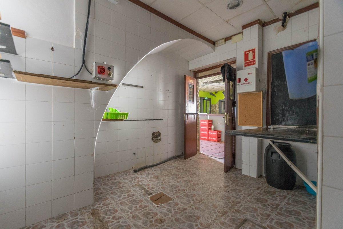 Casa de 3 plantas a la venta en el cerro del aguila - imagenInmueble6