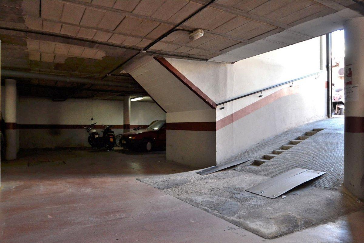 REF: 0101335 - Garaje en Venta