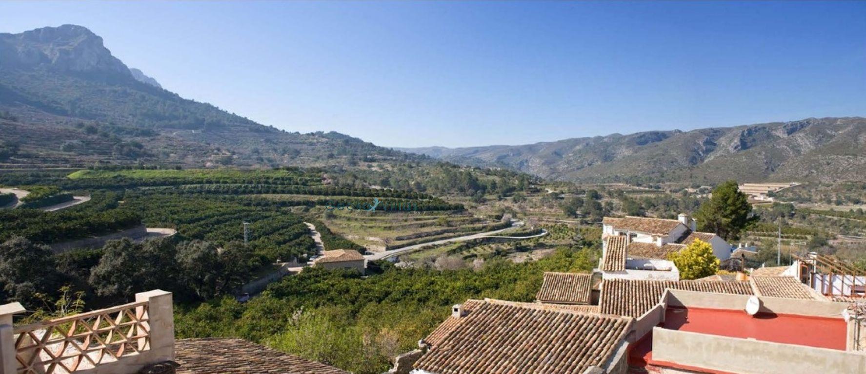 village-house en vall-de-gallinera · benitaia 126000€