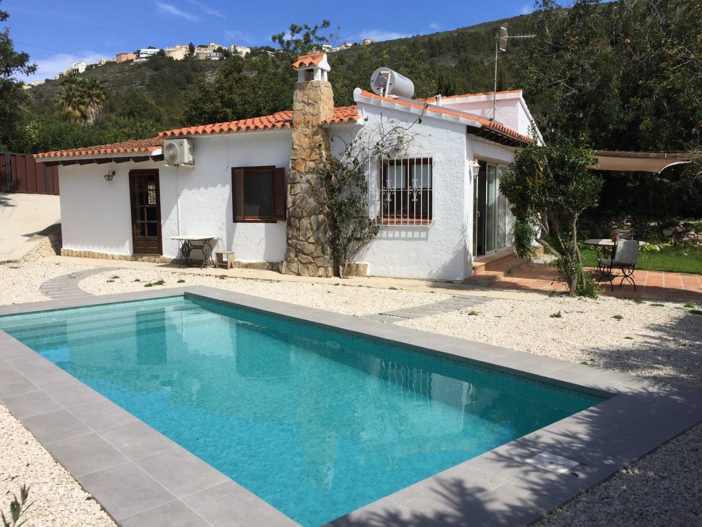 villa en moraira · arnella 750€