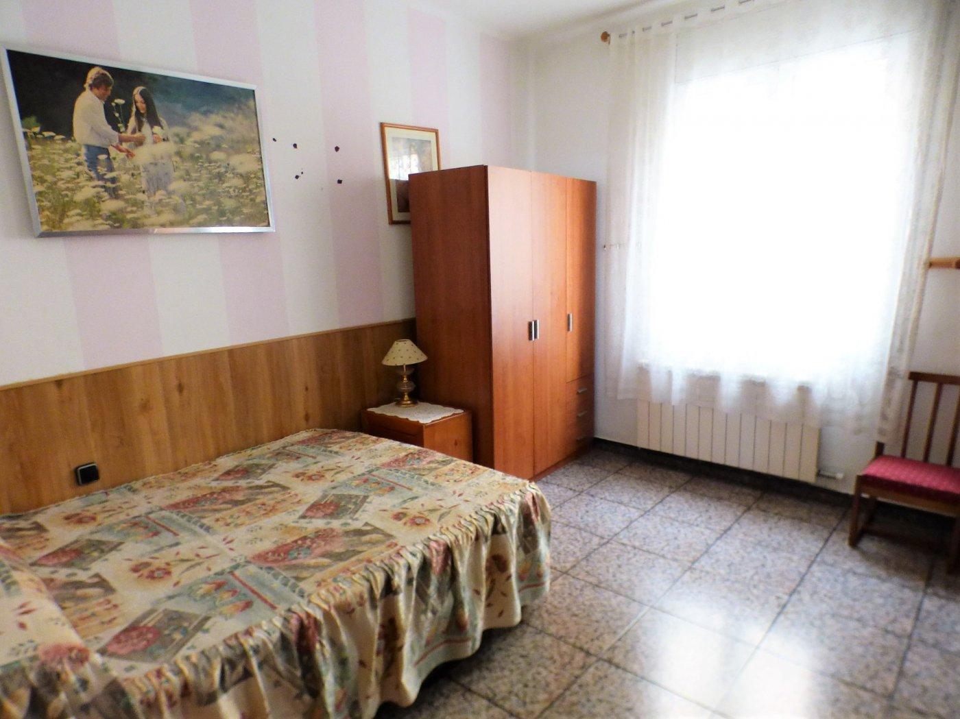 Piso · Manresa · Sagrada Familia 68.000€€