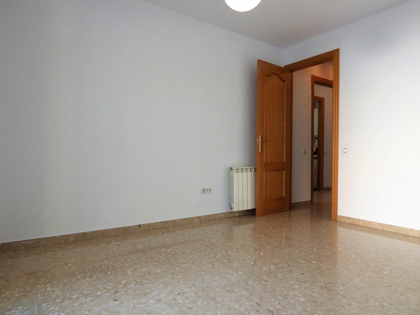 Piso · Manresa · Plaça Catalunya 99.995€€
