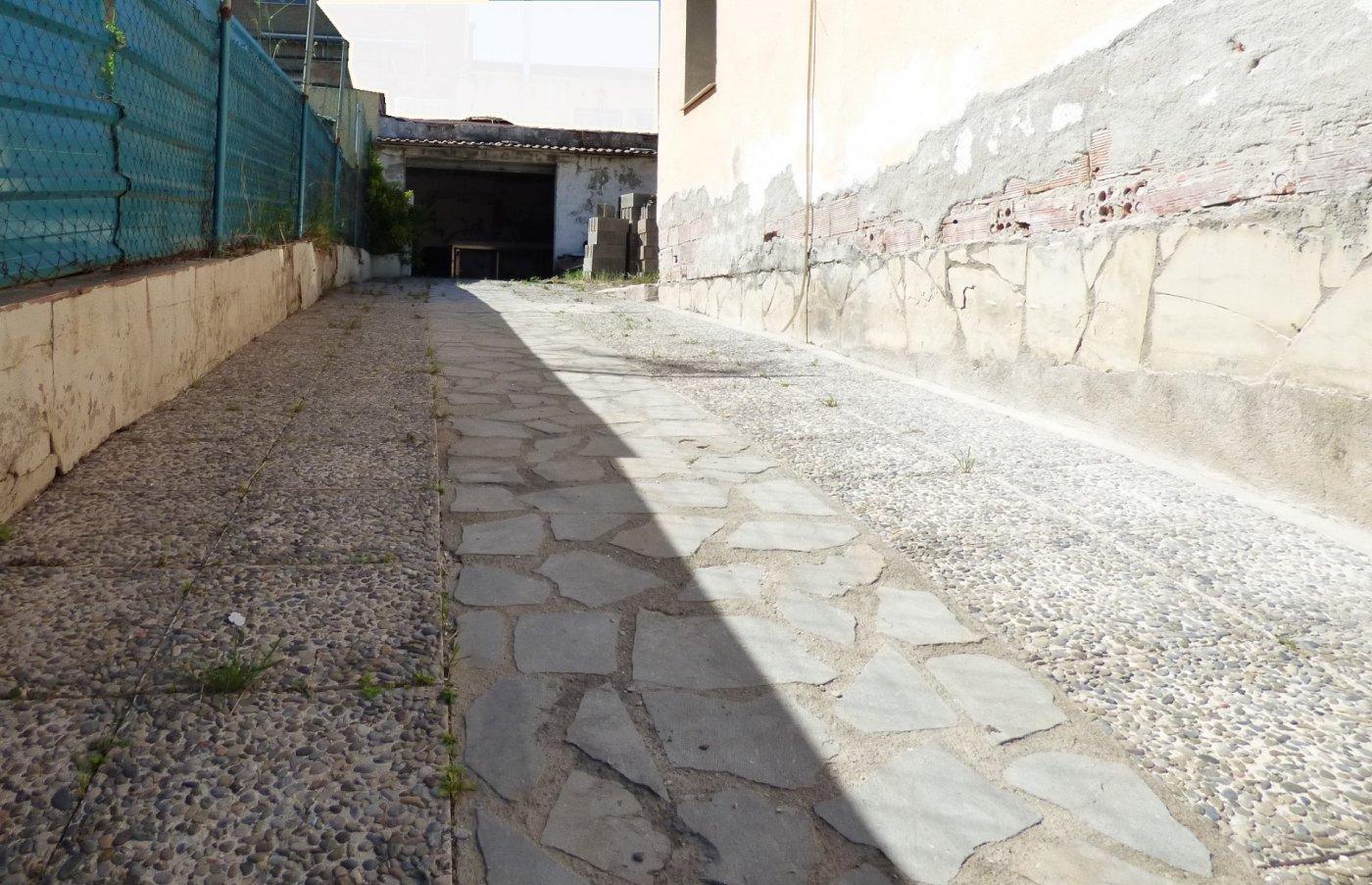 casa en sant-salvador-de-guardiola · el-calvet 126000€