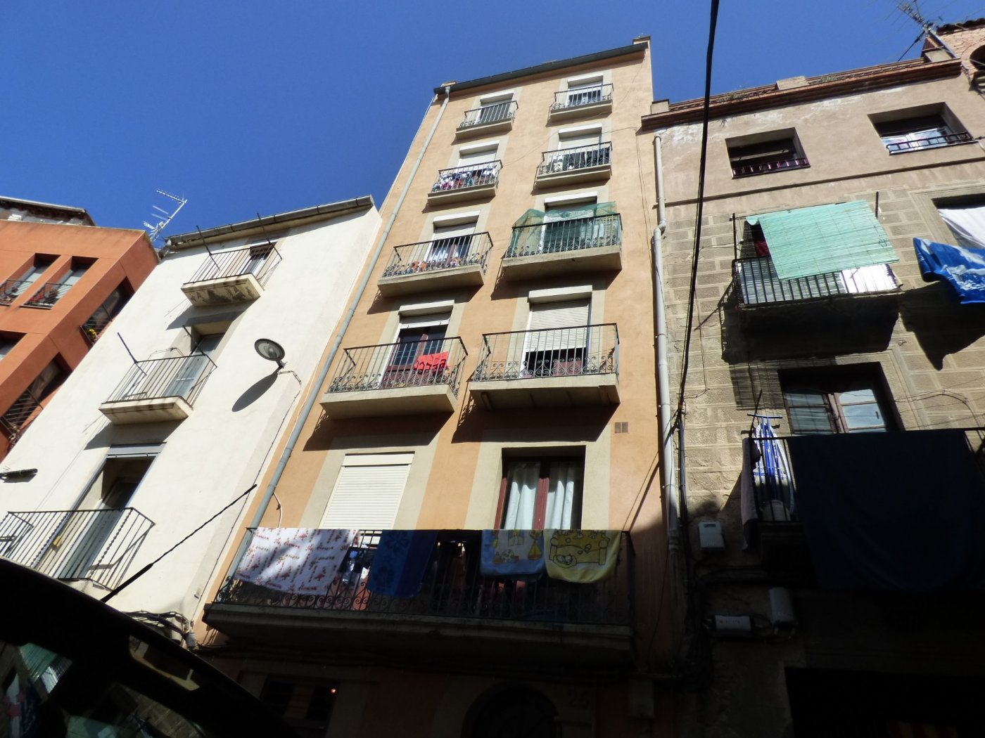 local-comercial en manresa · casc-antic 350€