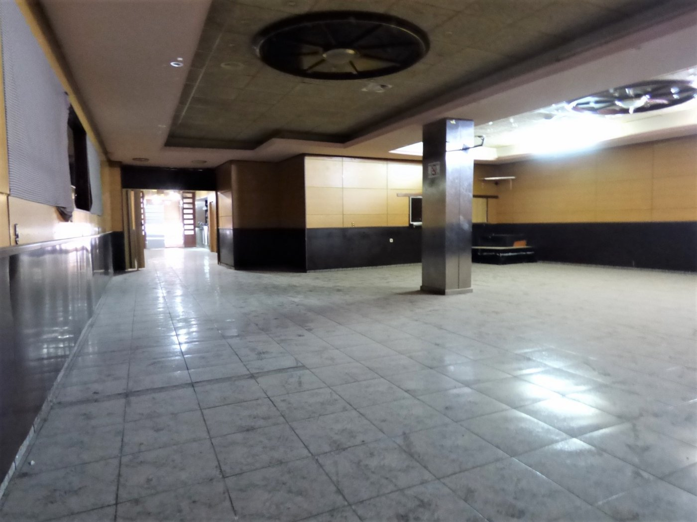 Negocio · Manresa · Carretera Cardona 189.000€€