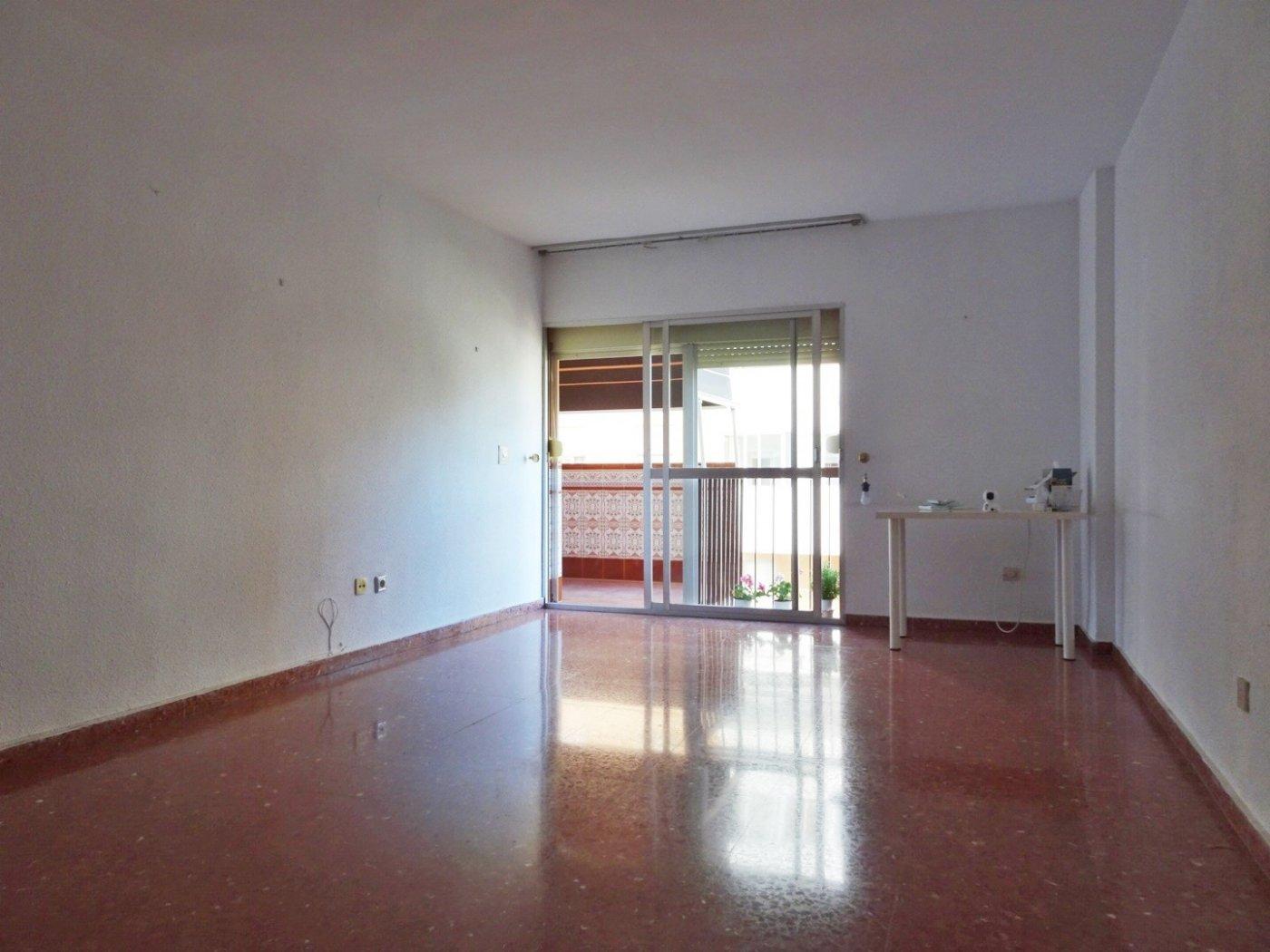 piso en malaga · cruz-de-humilladero-los-tilos 800€