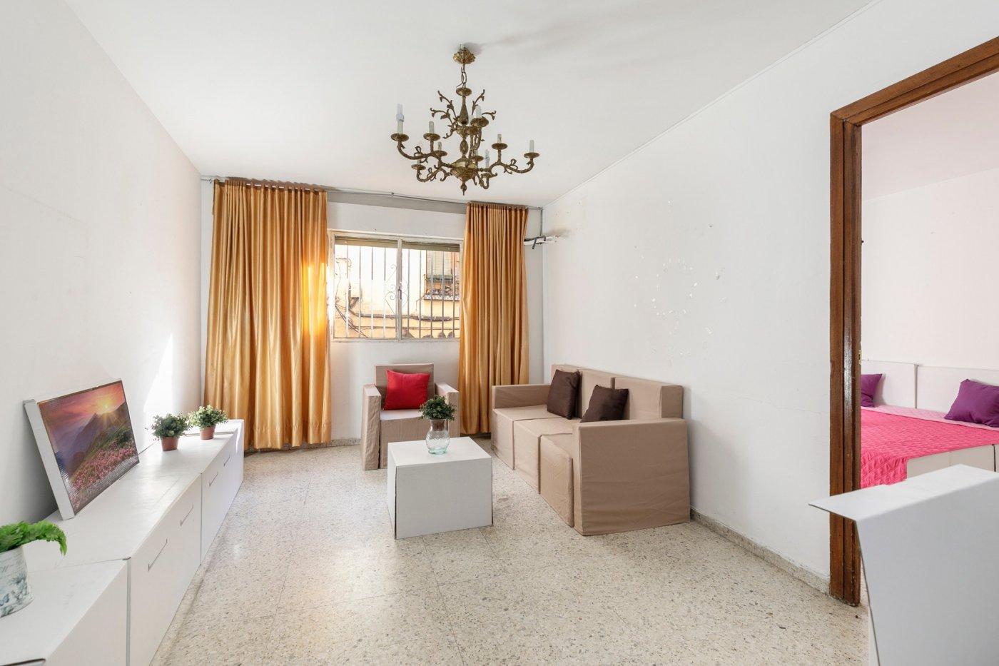 Estupendo piso para reformar a tu gusto