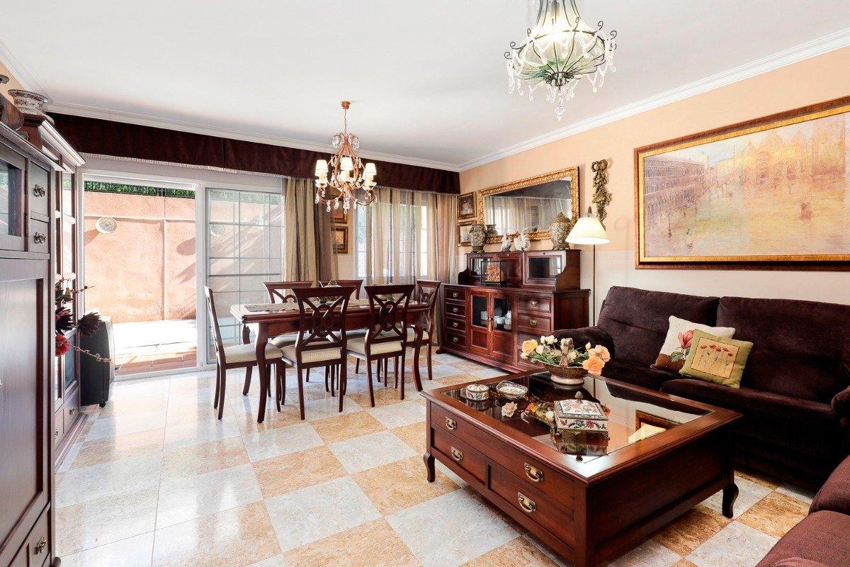 Espectacular casa adosada en Huetor Vega, Granada
