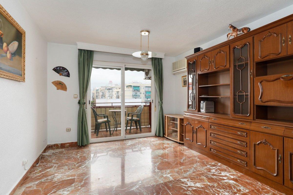 ¡El piso ideal en la zona ideal!, Granada