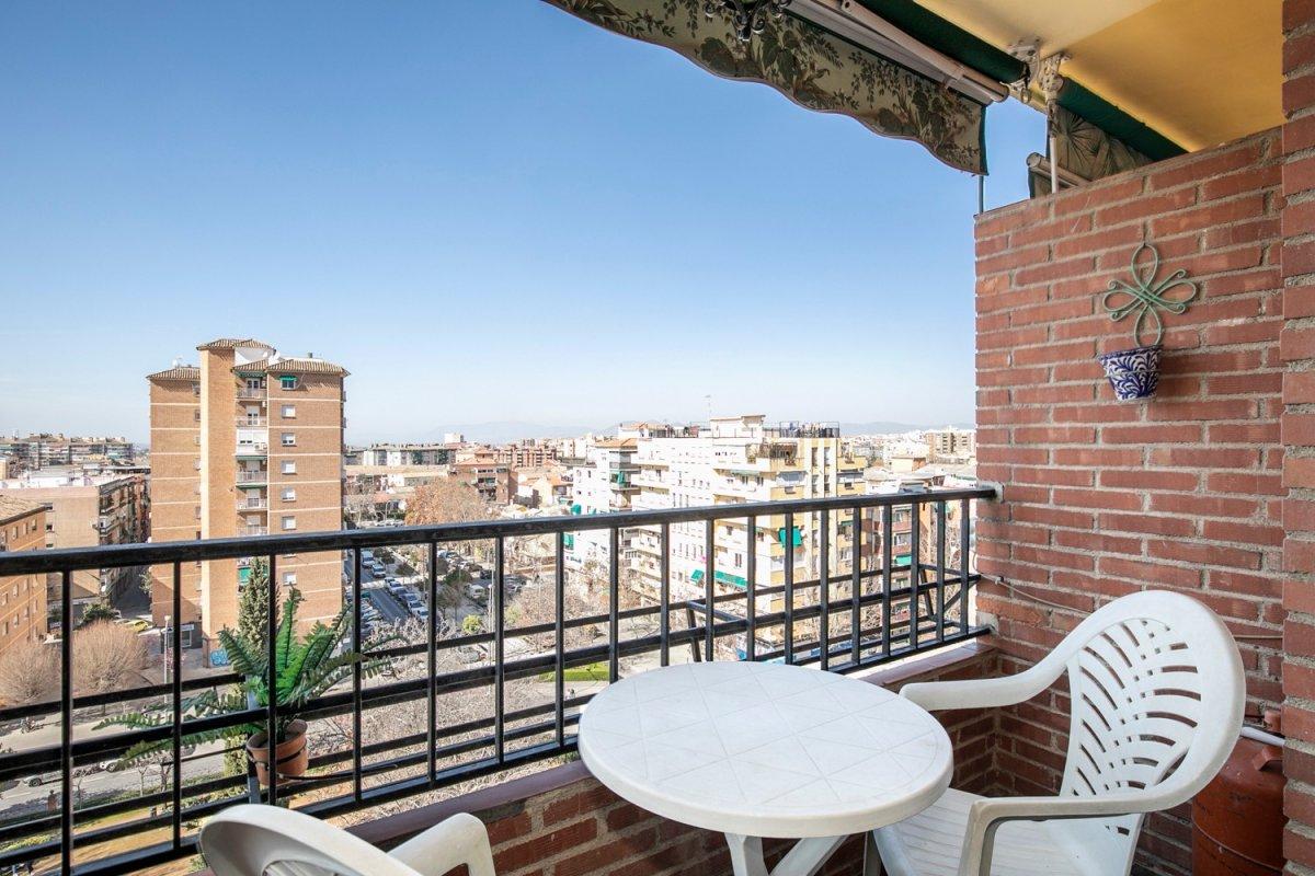¿Te gustaría vivir en un barrio anexo al centro?, Granada