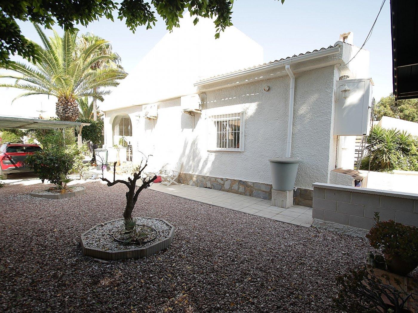 Detached villa in la Siesta - Torrevieja (La siesta)