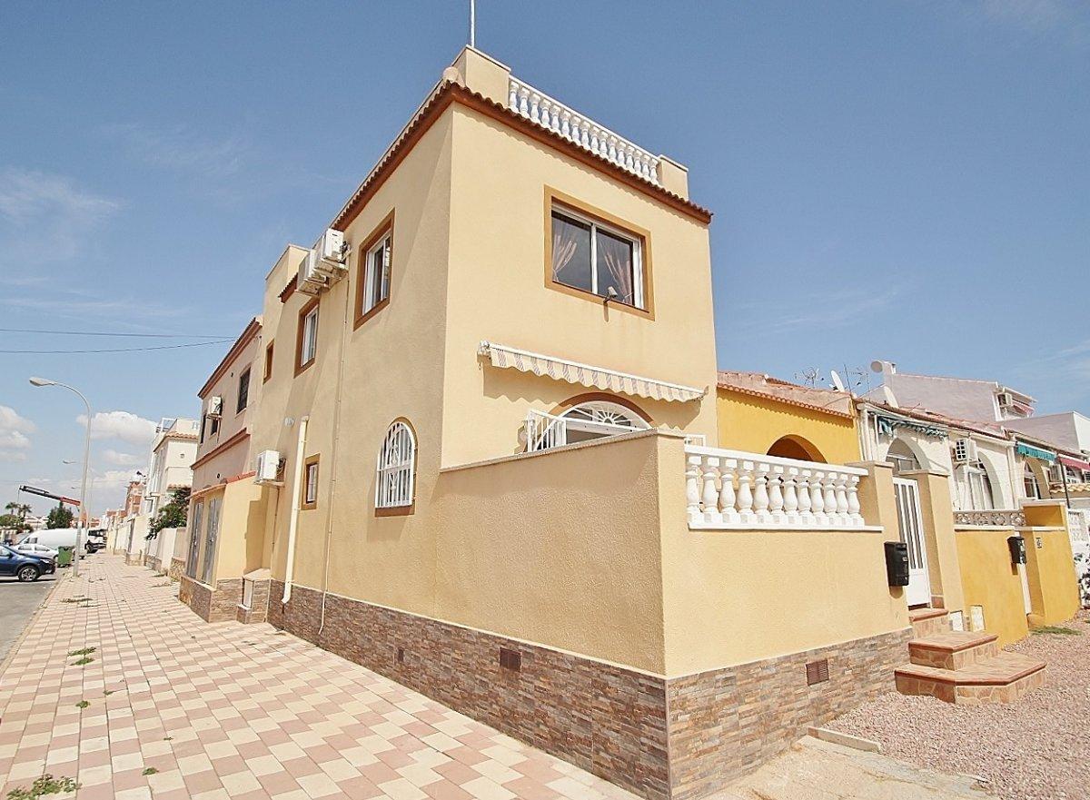 Duplex for rent in La siesta, Torrevieja
