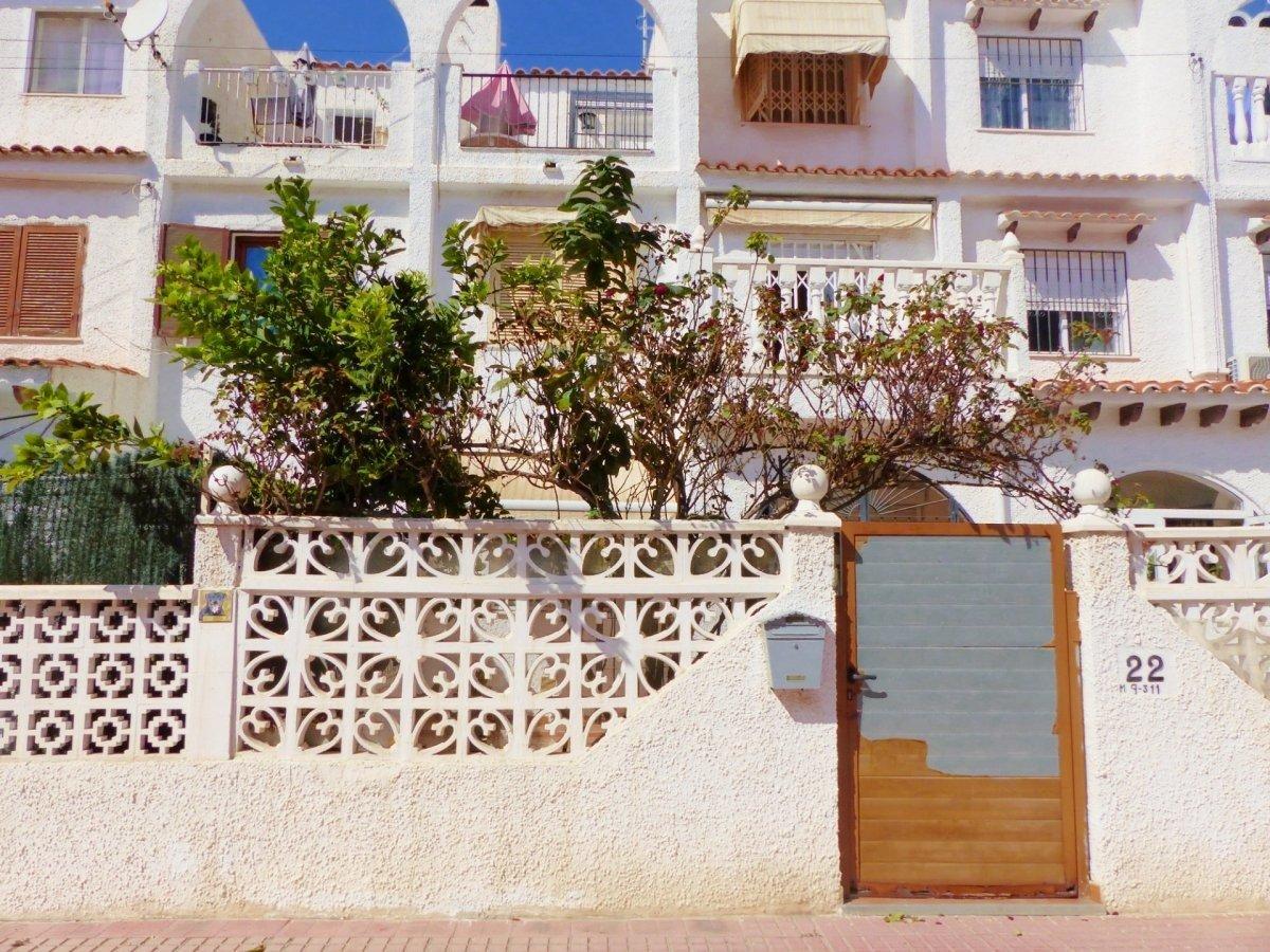 Townhouse for sale in Playa de los locos, Torrevieja