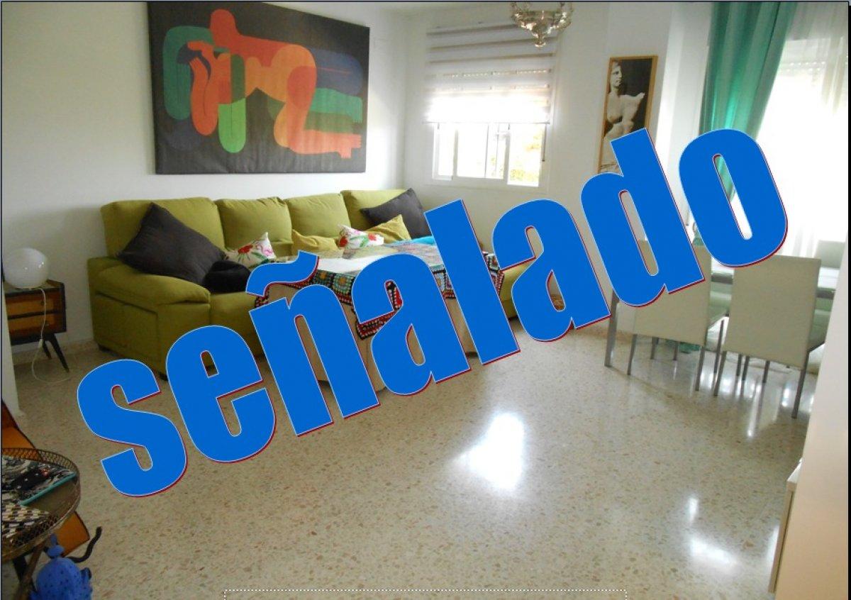 Ref:0121,Se vende piso Pino Montano, 132.000€