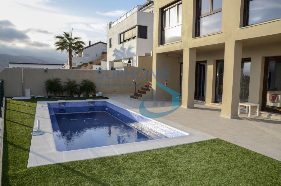 Chalet for sale in Getares, Algeciras