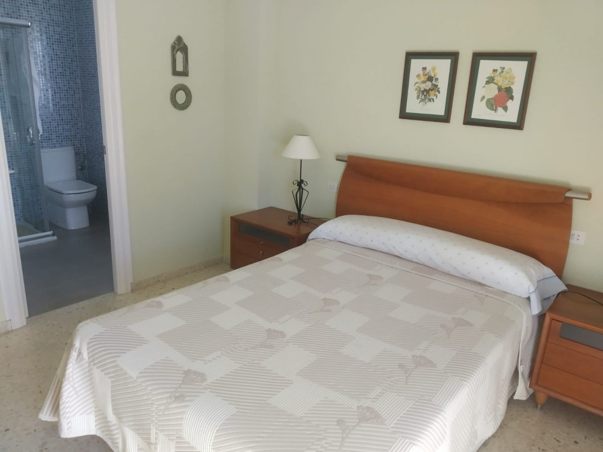 Flat for sale in Urbanización los sauces, Algeciras