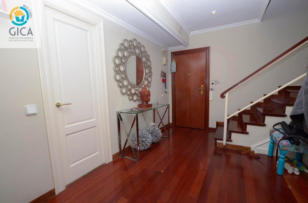 duplex en algeciras · hotel-reina-cristina 135000€